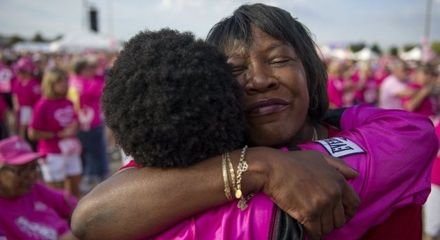 "10,000 survivors, mourners and supporters ""Race for the Cure"""